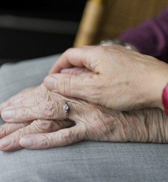 Personas mayores con teleasistencia